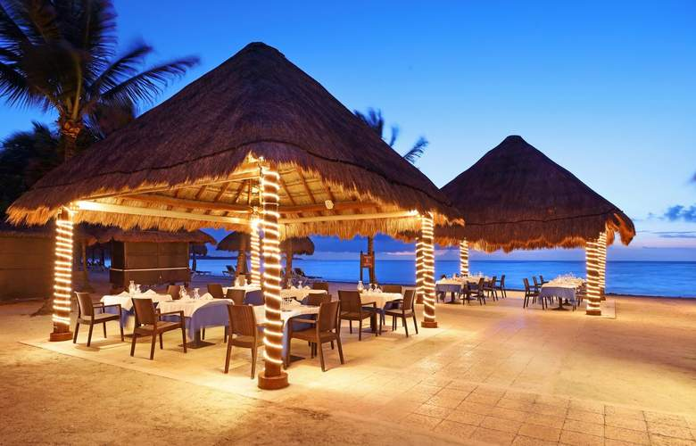 Grand Palladium White Sand Resort & Spa - Restaurant - 28