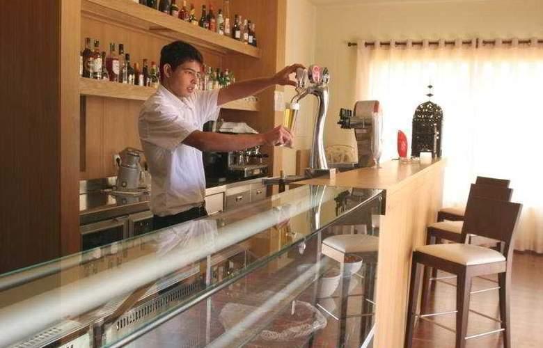 Vigia Resorts - Quinta da Encosta Velha - Bar - 7