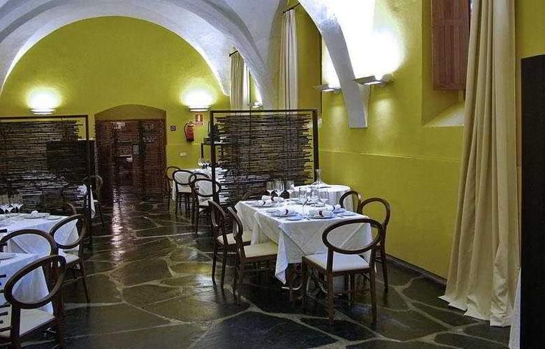Hospederia Conventual de Alcantara - Restaurant - 11