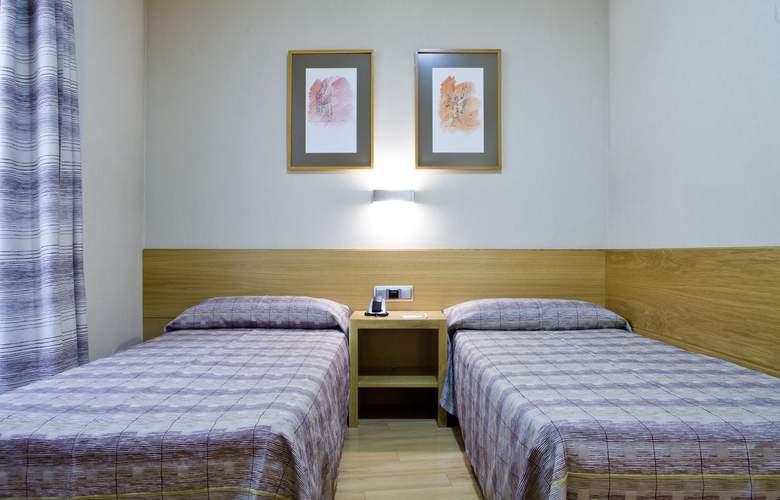 Hostal El Pasaje - Room - 14