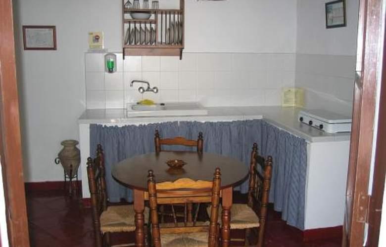 Castillo de Castellar - Room - 0