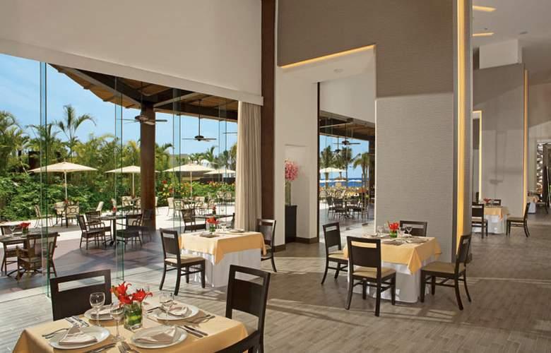 Now Amber Resort & Spa - Restaurant - 19