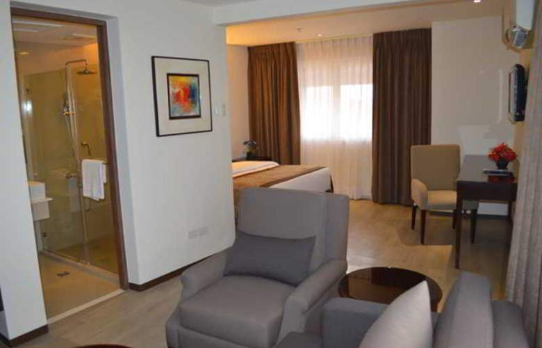 Imperial Palace Suites Quezon City - Room - 8