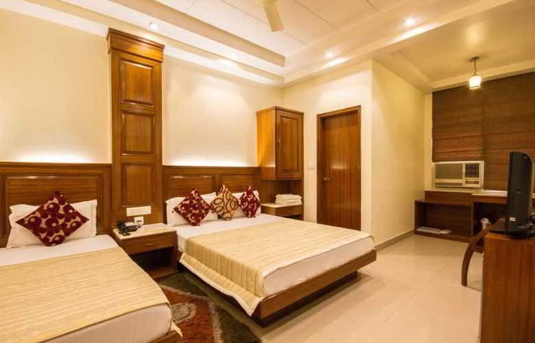 Aster Inn - Room - 12