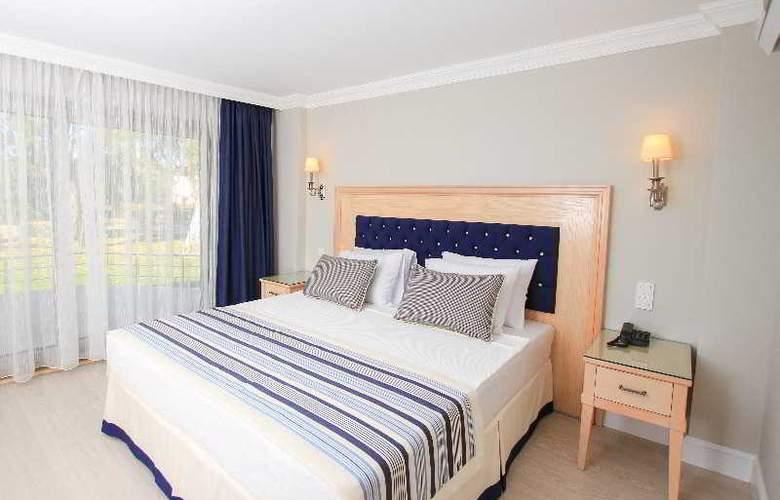 Palm Bay Beach Hotel - Room - 15