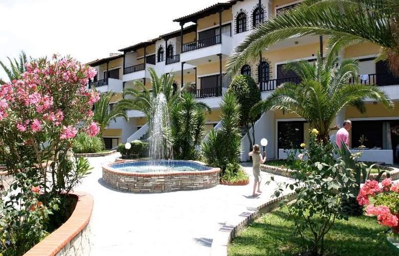 Ioli Village - Hotel - 4