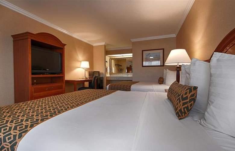 Best Western Airpark Hotel - Room - 44
