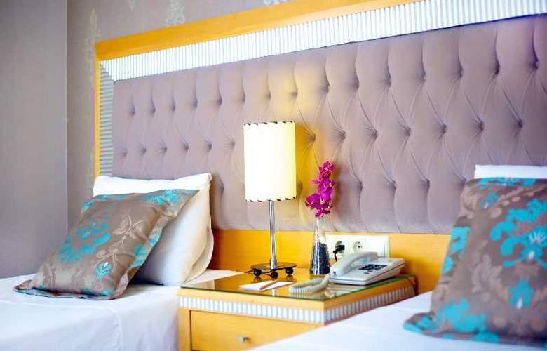 Villa Zurich - Room - 10