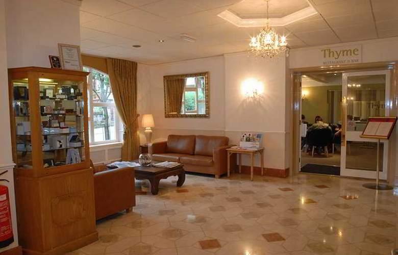 International Hotel - General - 2