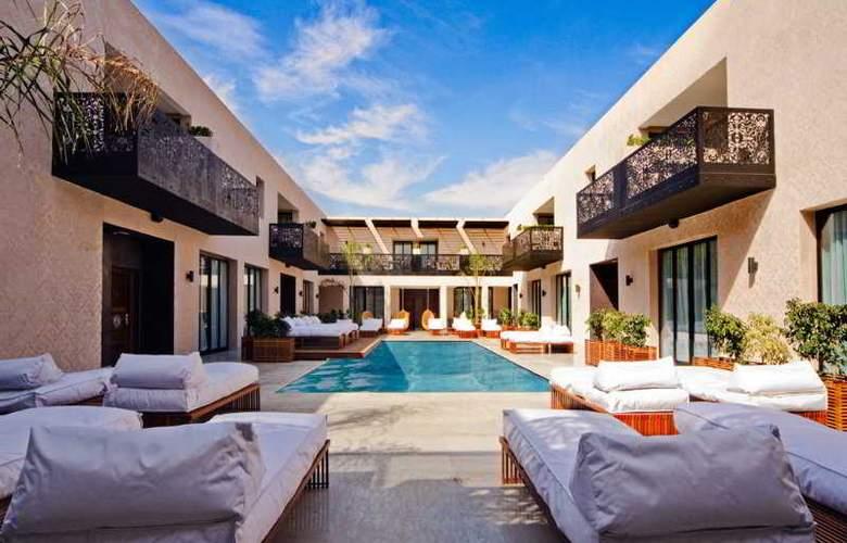 Cesar Resort & Spa - Pool - 7