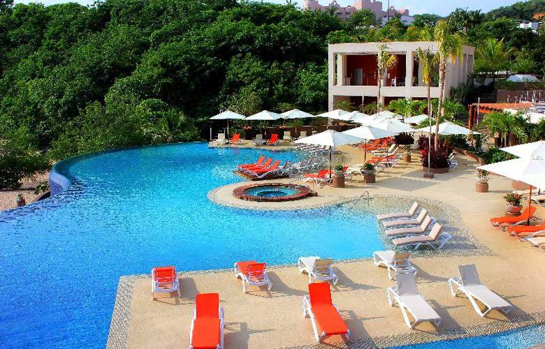 Azul Ixtapa Grand All Suites Spa&Convention Center - Pool - 16