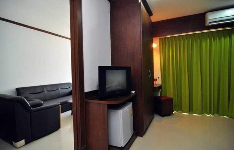 YK Patong Resort - Room - 4
