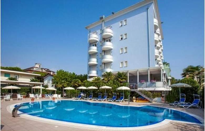 Helios - Hotel - 0