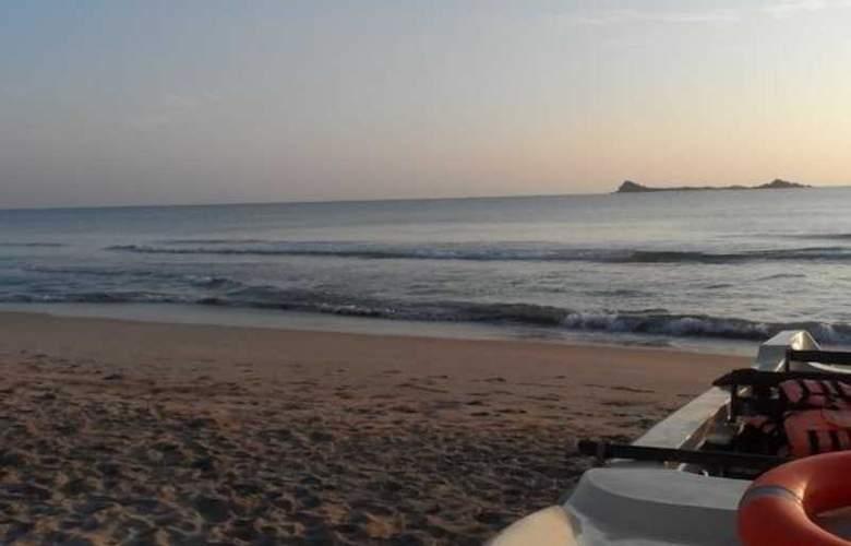 Anilana Nilaveli - Beach - 11