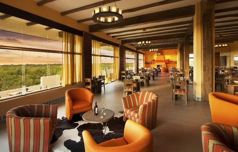 El Dorado Casitas Royale - Restaurant - 20