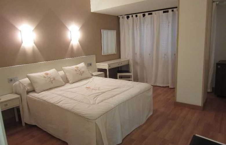 Acebos-Azabache Gijón - Room - 6