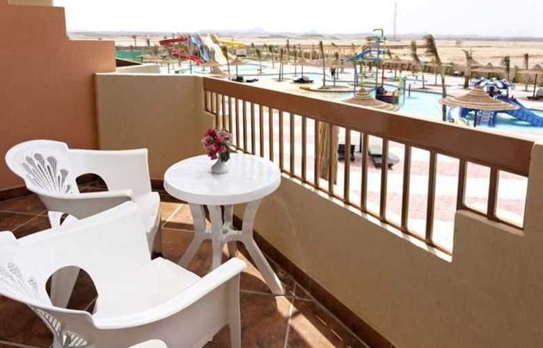 Three Corners Sea Beach Resort - Room - 17