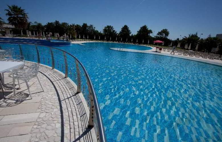 Riva Marina Resort - Pool - 20