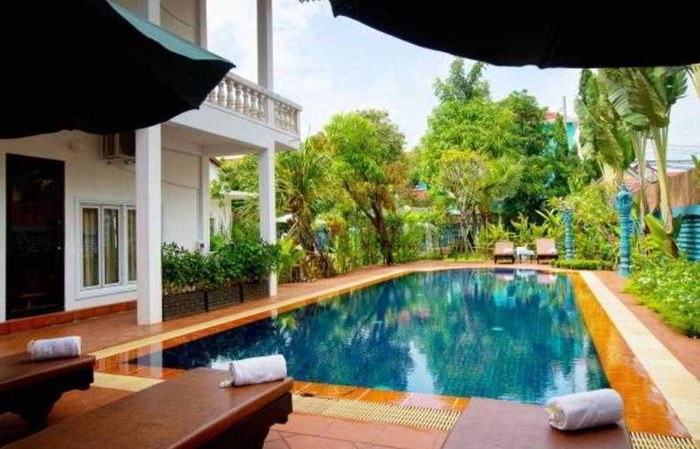 The Frangipani Green Garden Hotel & Spa - Pool - 9