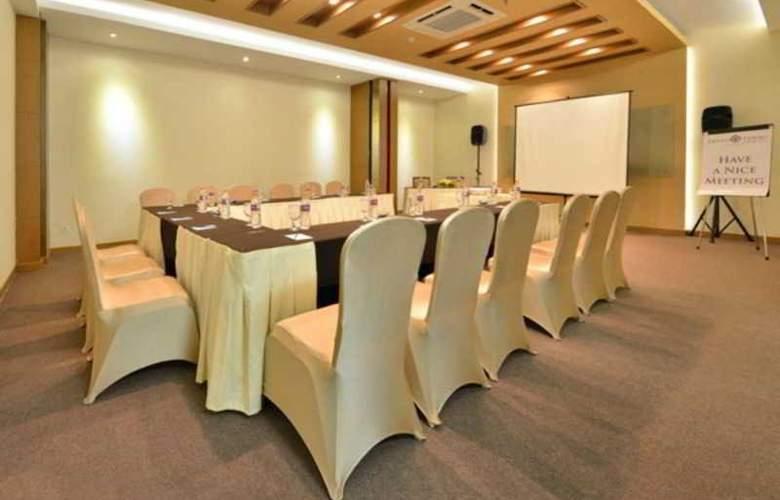 Grand Tjokro Yogyakarta - Conference - 24