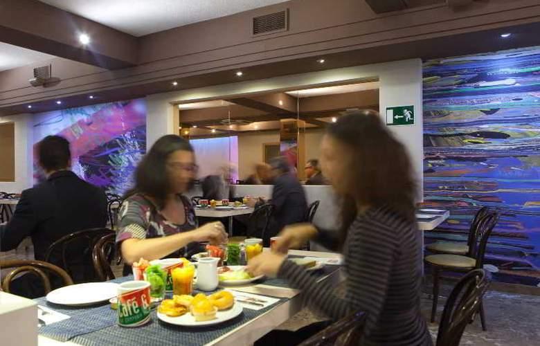 Puerta de Toledo - Restaurant - 35