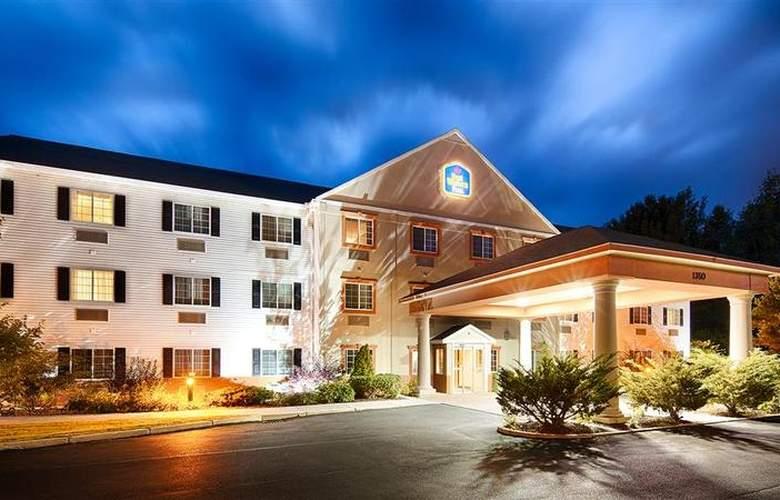 Berkshire Hills Inn & Suites - Hotel - 63