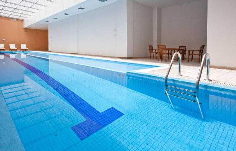 Holiday Inn Express Puebla - Pool - 27