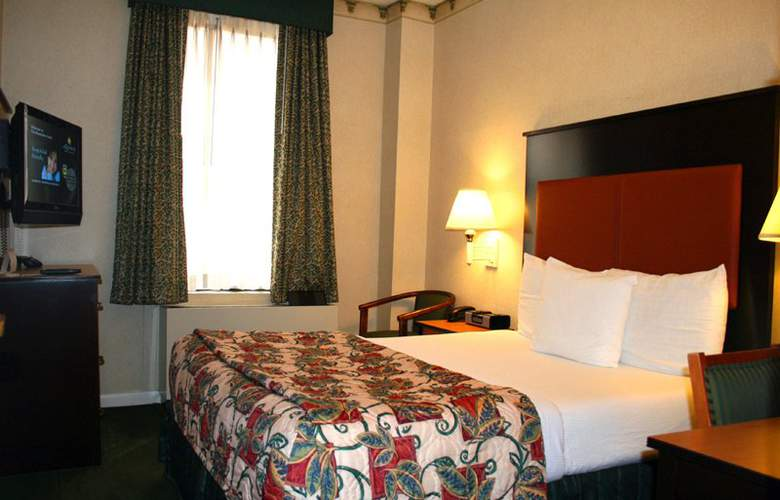 La Quinta Inn & Suites Manhattan - Room - 2