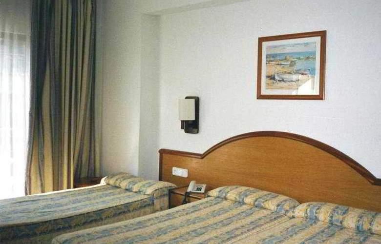Marina Playa de Palma - Room - 3
