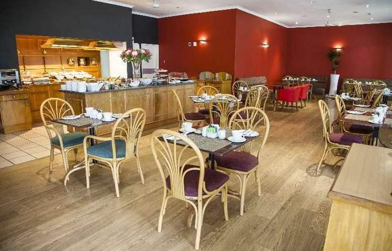 Protea Hotel Outeniqua - Restaurant - 24