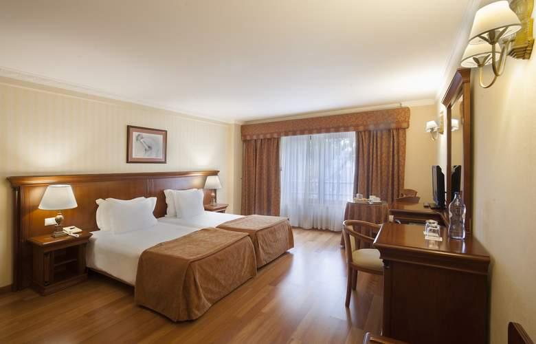 Turim Lisboa - Room - 12