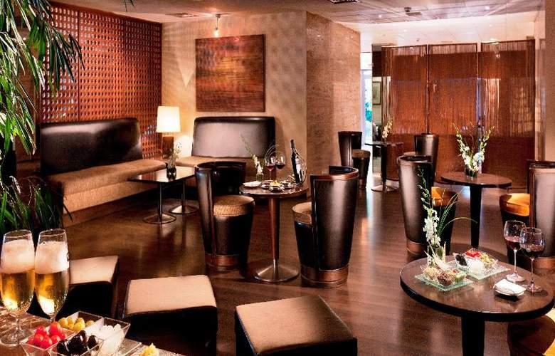 Sonesta Hotel and Casino Cairo - Bar - 11