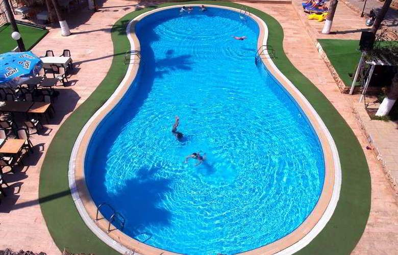 Bilfer Palm Beach - Pool - 3