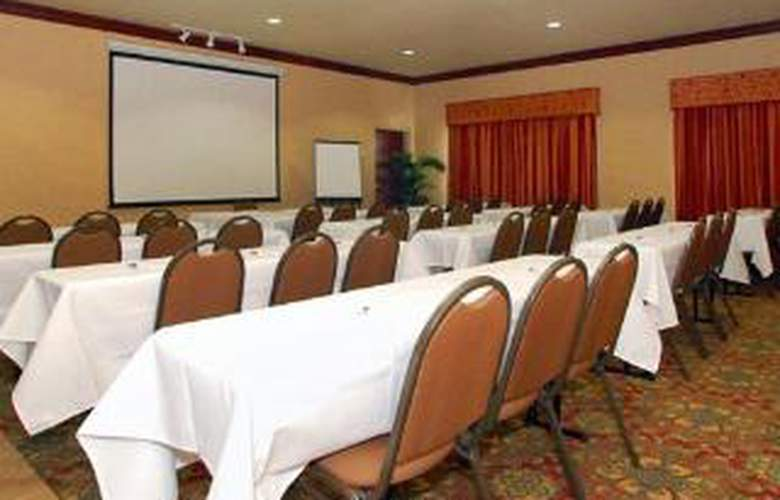 Sleep Inn & Suites at Six Flags - General - 1