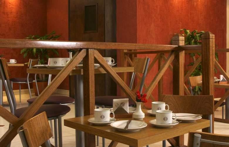 Gran Hotel Orly - Bar - 62