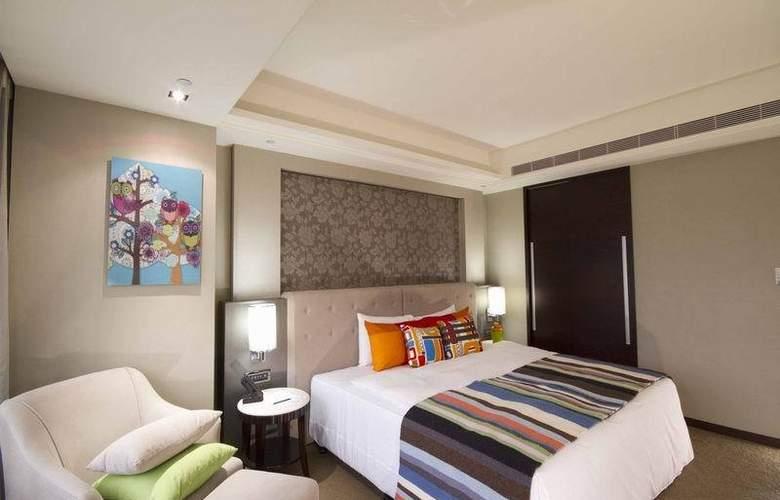 S.Aura - Room - 2