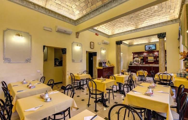 Cambridge - Restaurant - 42