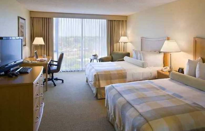 Hilton Sacramento Arden West - Hotel - 3
