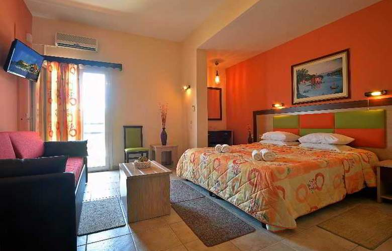 Maltezos - Room - 14