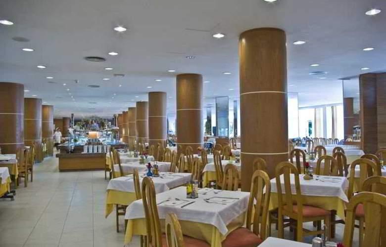 Eix Lagotel Hotel y apartamentos - Restaurant - 5