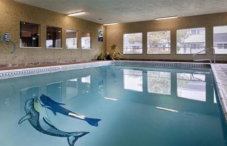 Best Western Inn at Face Rock - Pool - 79