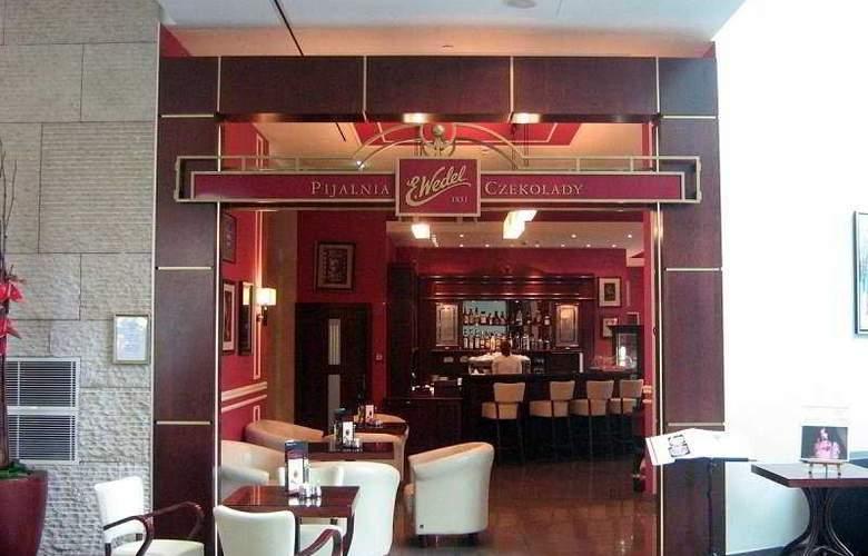 Intercontinental Warsaw - Bar - 5