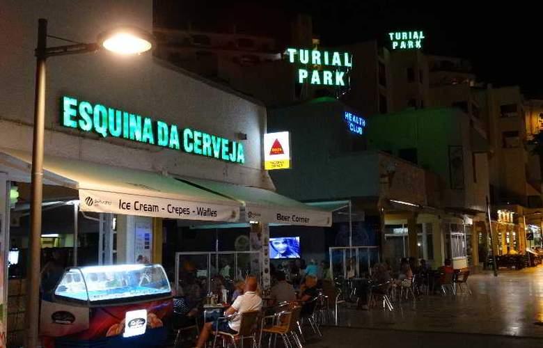 Turial Park - Bar - 23