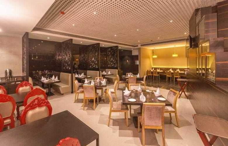 Satkar Grande - Restaurant - 9