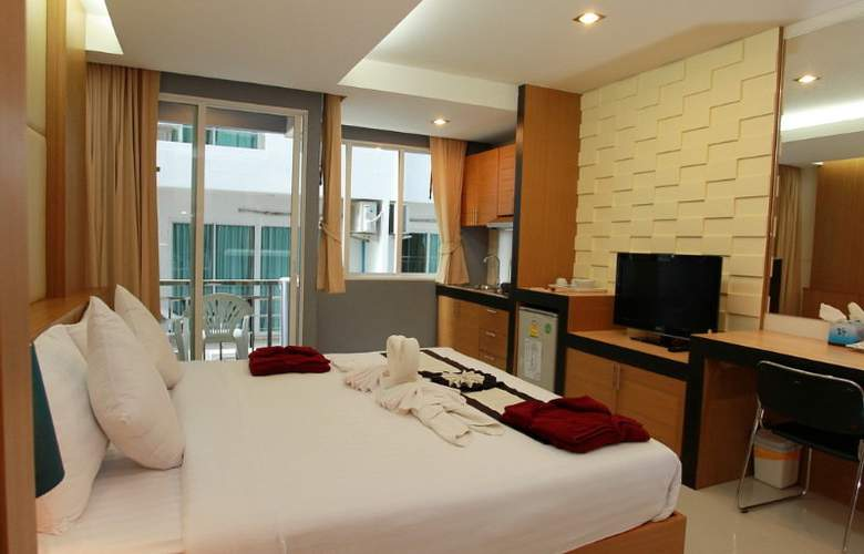 Hallo Patong Dormtel & Restaurant - Room - 8