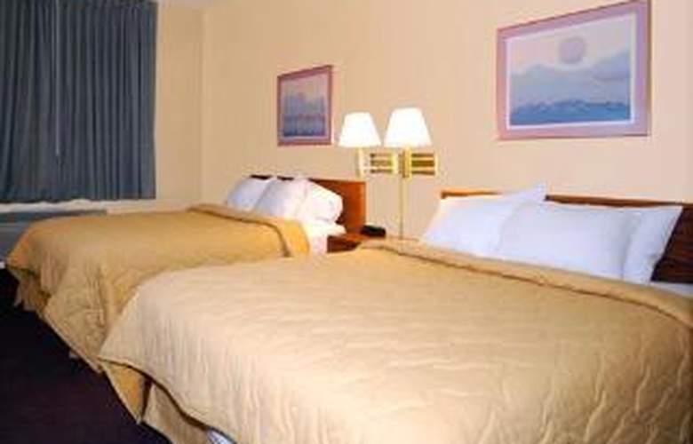 Quality Inn & Suites - Room - 4