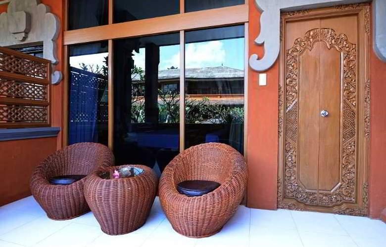 Wina Holiday Villa - Room - 8