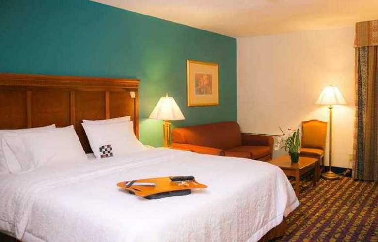 Hampton Inn Dallas North At Walnut Hill - Hotel - 2