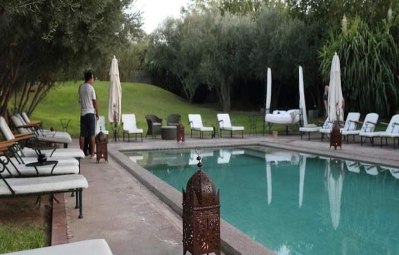 Riad Les Deux Tours - Hotel - 9
