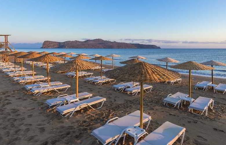Santa Marina Plaza - Beach - 17